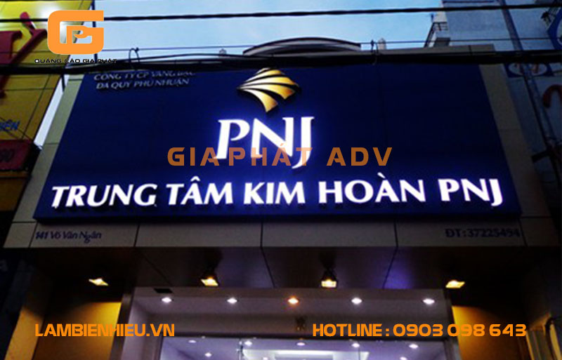 Mẫu biển hiệu quảng cáo alu gắn chữ nổi đèn led