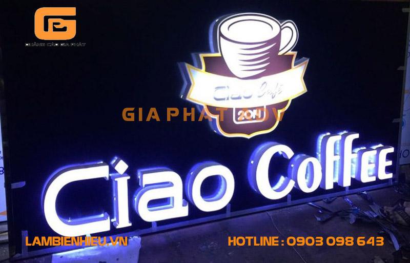 Mẫu bảng hiệu hộp đèn chữ nổi Ciao Coffee