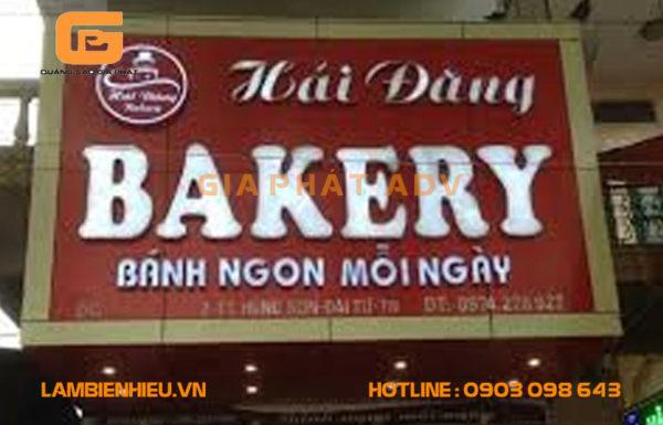 Mẫu bảng hiệu quảng cáo bánh mì đẹp