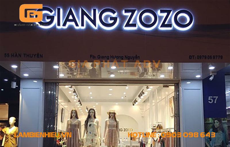 Biển hiệu quảng cáo quần áo thời trang đẹp