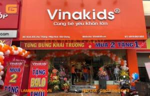 Bảng hiệu quảng cáo shop quần áo trẻ em