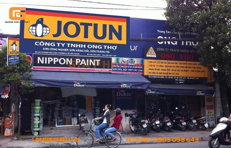Bảng hiệu cửa hàng bán sơn đẹp