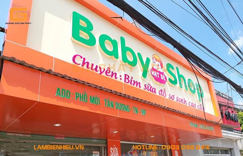 Bảng hiệu quảng cáo shop mẹ và bé đẹp