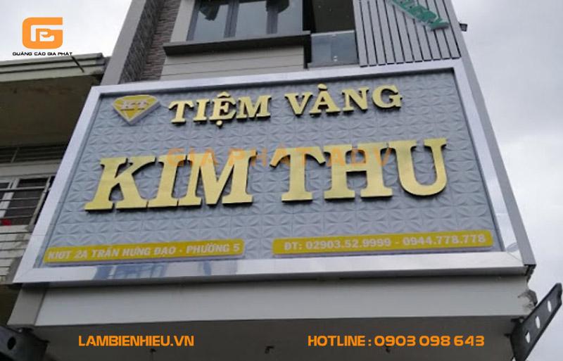 Biển hiệu quảng cáo cửa hàng vàng bạc đá quý đẹp