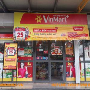 Biển quảng cáo bạt hiflex cho siêu thị của Vinmart