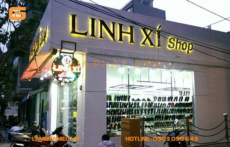 Bảng hiệu quảng cáo cửa hàng giày dép đẹp
