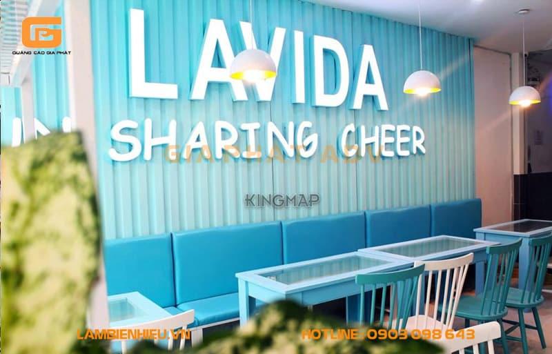 Bảng hiệu quán Lavida