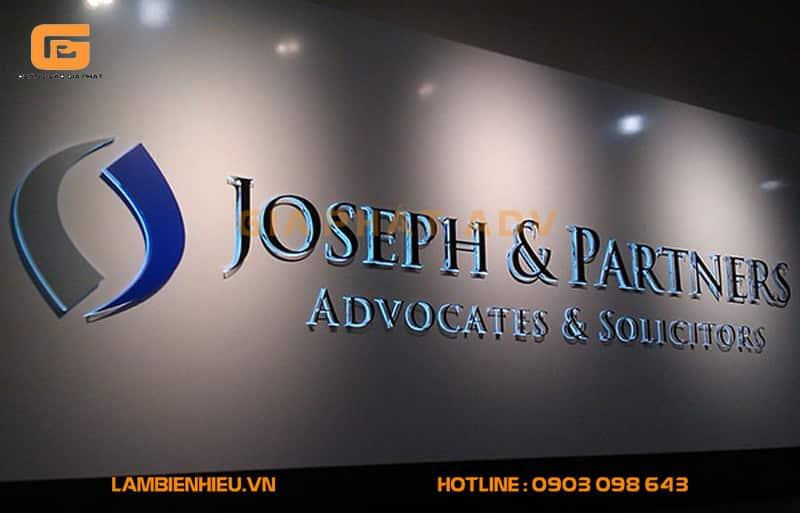 Mẫu bảng hiệu văn phòng công ty sang trọng và chuyên nghiệp